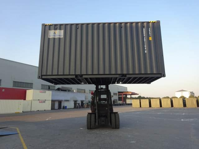 20ft High Cube EOD Black A1 Containers (12)